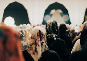 Kadınlar Camilerin Neresinde?: Kovulduğumuz Yerden Camiye Geri Dönüyoruz